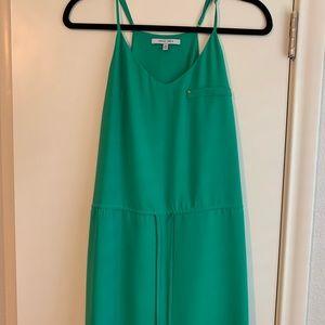 Kelly green drawstring dress